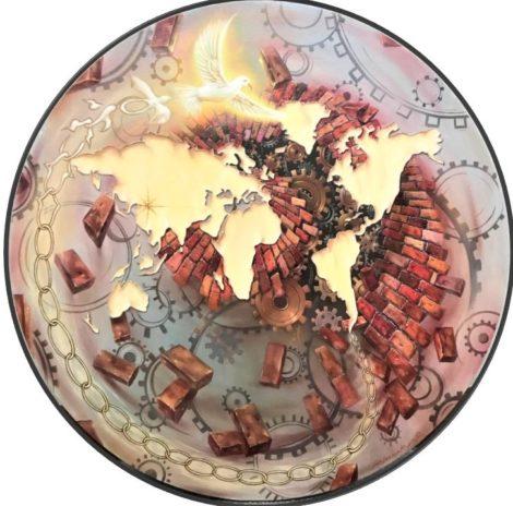 "Dariusz Ślusarski     ""Earth Planet People"""